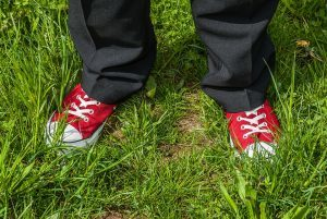 KGS-Heilpraxis C. Haaß - Füße im Gras